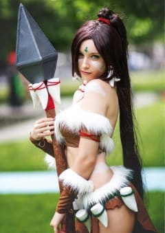 Heroes and Villains of Cosplay – Issue 1 – Nidalee