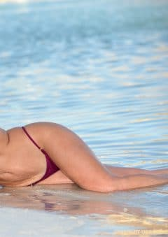 Swimsuit USA MicroMAG – Courtney Newman