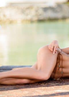 Swimsuit USA MicroMAG – Kimberley Hartnett