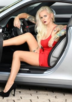 Vanquish Tattoo – April 2019 – Denisa Skupina