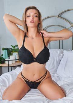 Vanquish Magazine – Gorgeous Blondes – Jade Dawn