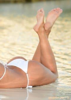 Swimsuit USA MicroMAG – Lara Mitton – Issue 3