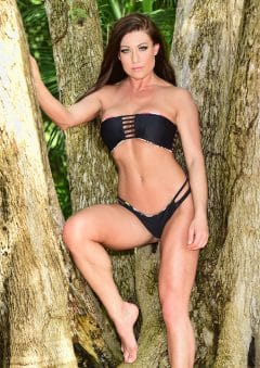 Swimsuit USA MicroMAG – Kelly Collins