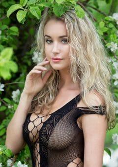 Goddess Magazine – September 2020 – Jess Robinson