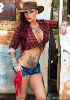 Ari Perez MicroMAG – Kristy Seguin